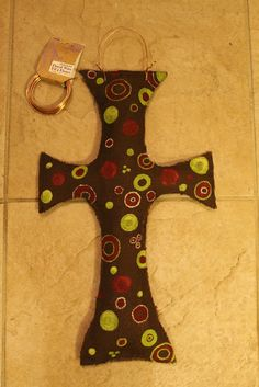 How to make a Burlap Door Hanger + create your own pattern