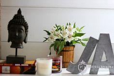 Flores e Budas para decorar casa! Por Patrícia Junqueira http://www.patriciajunqueira.com.br