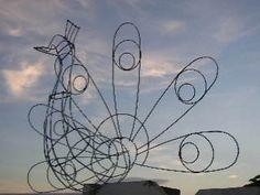 Diseño de marco de alambre del Topiary gran pavo por geckomeister, $30.00