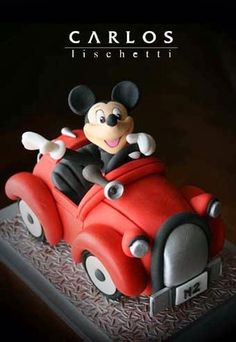 Mickey on a joyride / Mickey de paseo 2009