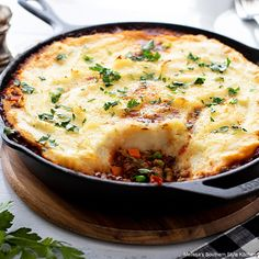 Recipes Using Ground Turkey, Ground Beef Recipes Easy, Hotdish Recipes, Cottage Pie, Creamy Mashed Potatoes, Beef Casserole, Beef Dishes, One Pot Meals, Great Recipes