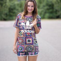 Adidas Crochita T-Shirt und Shorts