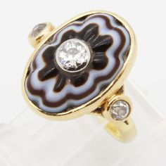 Antique Victorian Ring 18K Gold Carved Banded Agate Diamonds French 19c
