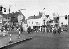 Kleiwegbrug met zicht op de Vredebest en de Spoortstraat Gouda, Street View