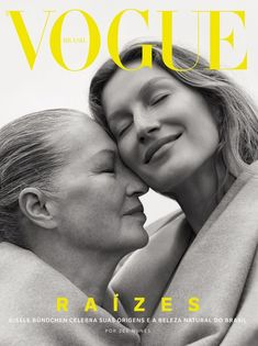 Gisele Bundchen lands four covers for the October 2018 issue of Vogue Brazil. The supermodel poses outdoors for the fashion glossy in images captured by Zee…