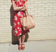 Madewell tote, vintage dress, Lotta clogs. Sunday style!