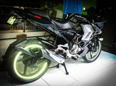 White Hyper Spectrum Motorcycle Rim Stickers!  World's first conformable rim tapes! Brightest in the world!  www.hyperspectrum.net #HyperSpectrum #Hyper #Spectrum #Reflective #RimTape #Tron #Motorcycle #Car #Bicycle #Kawasaki #Suzuki #Yamaha #Ducati #HarleyDavidson #BMW #KTM #Aprilia #InstaBike #InstaMoto #Bikestagram #BikersLifestyle #MotorcyclePorn #Biker #Racing #RideSafe