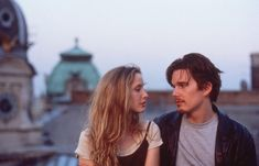 "Julie Delpy & Ethan Hawke in ""Before Sunrise"" - Richard Linklater, Film Logo, Julie Delpy, Movie Shots, Movie Tv, Before Sunrise Movie, Before Sunrise Quotes, Laia Costa, Before Trilogy, Movies And Series"