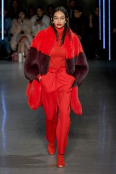 26efb6fb150 New York Fashion Week Fall 2018 - Best New York Fall 2018 Runway Fashion  Fur Fashion
