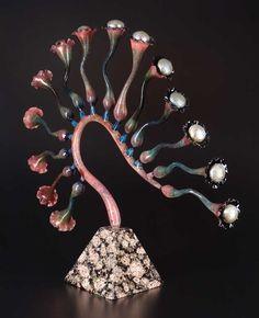 Robert Mickelsen - Lampworked borosilicate glass, sculpted, blown, graal technique.