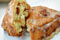 Cinnamon Crunch Scone from Panera Bread - I ate one of these yesterday, it was divine! Brunch Recipes, Sweet Recipes, Dessert Recipes, Scone Recipes, Copycat Recipes, Bread Recipes, Breakfast Recipes, Desserts To Make, No Bake Desserts
