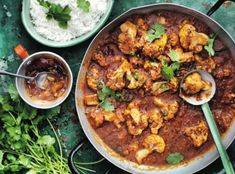 Indian Food Recipes, Vegetarian Recipes, Ethnic Recipes, Vegan Vegetarian, How To Cook Cauliflower, Cauliflower Curry, Tomato Curry, Meatless Monday, Vegan Dinners