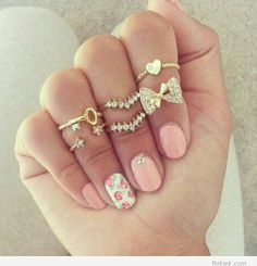 Amazing rings and manicure