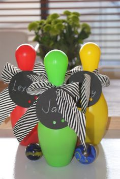 Bowling Party favours - so easy! Kids Bowling Party, Bowling Party Favors, Party Favours, Bowling Birthday Cakes, 6th Birthday Parties, Fourth Birthday, Birthday Ideas, Birthday Party Decorations Diy, Birthday Party Invitations