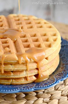Peanut Butter Waffles - These tasty waffles are a great way to add a little more protein to your breakfast! The peanut butter syrup is absolutely divine! Peanut Butter Waffles, Peanut Butter Sauce, Homemade Peanut Butter, Peanut Butter Recipes, Breakfast Items, Eat Breakfast, Brunch Recipes, Snack Recipes, Breakfast Recipes