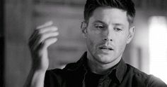 Find images and videos about gif, supernatural and Jensen Ackles on We Heart It - the app to get lost in what you love. Jensen Ackles Supernatural, Sammy Supernatural, Jensen Ackles Gif, Supernatural Imagines, Dean Winchester Gif, Winchester Boys, Jared Padalecki, Jeffrey Dean Morgan, Couples