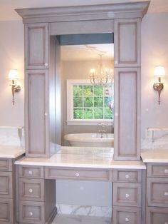 Bathroom vanity in Antique paint