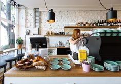 Archie's All Day open 189 Gertrude Street Broadsheet Melbourne Melbourne Restaurants, Lunch Restaurants, Melbourne Cafe, Cafe Bar, Cafe Shop, Decoration Restaurant, Restaurant Bar, Coffee Shop Design, Cafe Design