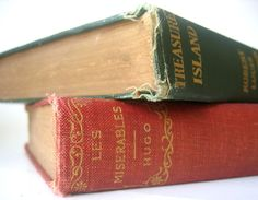 Where Does The Smell of Old Books Come From?   IFLScience