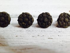 Vintage Set of 4 French Floral Brass Knobs by SouthamptonVintage