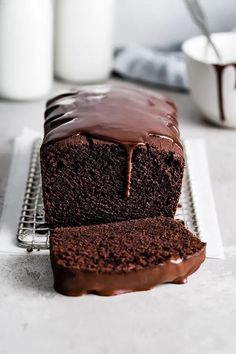 Chocolate Pound Cake, Best Chocolate, Chocolate Flavors, Loaf Bread Recipe, Bread Recipes, Easy Desserts, Delicious Desserts, Pound Cake Recipes, Sweet Cakes
