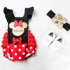 Welcome to Stevens Baby Boutique Classic Minnie Mouse inspired romper. This is such an adorable romper for first birthdays or Disney trips! 1st Birthday Outfit Girl, Baby 1st Birthday, Birthday Ideas, Ruffle Romper, Baby Girl Romper, Rompers Bebe, Disney Baby Clothes, Baby Presents, Disney Inspired Outfits