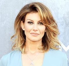 Faith Hill Shows Off Pixie Hairstyle at CMA Awards 2014: Photo - Us Weekly