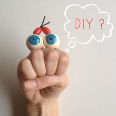DIY Googly-Eyed Hand Puppet - super simple craft for the little ones!