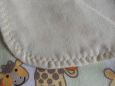 Giraffe baby blanket,Flannel baby blanket, flannel baby blanket, Receiving blanket, Baby gift. by MissyCraftsandGoods on Etsy