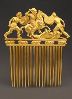 A Scythian gold comb from the Solokha kurhan (4th century BC).