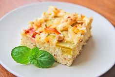 """Für alle die noch einen schnellen, leckeren Kuchen für´s Wochenende brauchen und die sauren grün/roten """"Stänglis"""" genauso lieben wie ich, hi..."""