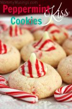 'How the Grinch Stole Christmas' Crinkle Cookies {Recipe}