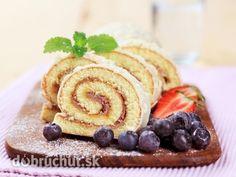Čučoriedková roláda s jahodami