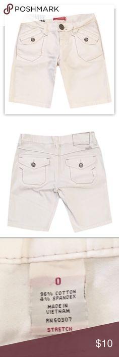 "Unionbay White Denim Bermuda Shorts ▪️Gently used UNIONBAY white denim bermuda shorts.  ▪️Size 0 Stretch  ▪️Made with 96% Cotton and 4% Spandex.  ▪️Length is 16"" UNIONBAY Shorts Bermudas"