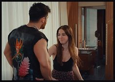 Gif Lovers, Blake Lively Ryan Reynolds, Gifs, Baby Skin, Turkish Actors, True Love, T Shirts For Women, Canning, Instagram