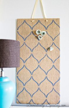 Stenciled Burlap Magnet Board  #burlap #magneticboard #stencil