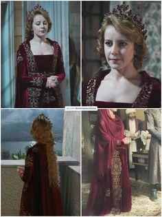 Royal Crown Jewels, Kosem Sultan, Princess Movies, Kawaii Dress, Royal Dresses, Turkish Beauty, Woman Crush, Cool Outfits, Style Inspiration