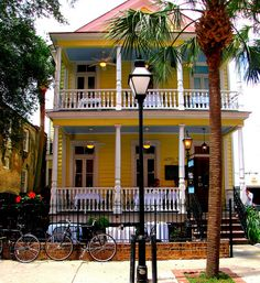 poogan's porch, charleston, SC
