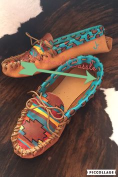 Custom ordered moccasins, email Lazycactusdesigns@gmail.com to place an order!