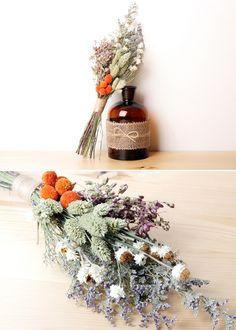 시들지 않아 더 아름답다 #드라이플라워 #부케 #꽃다발 #인테리어소품 #조화 #Immortelle #driedflower #Bouquet #artificialflowers