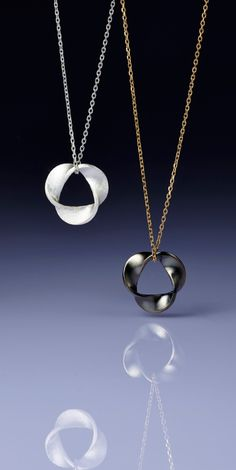 According to the company's CEO, Sungdo Lee, 3D printing technology has the greatest potential to dramatically change the jewelry industry. This is because while most 3D printed products are limited to decorative purposes only, 3D printed jewelry is readily wearable. Jewelry designers can create geometrically complex designs that can only be achieved by 3D printing.