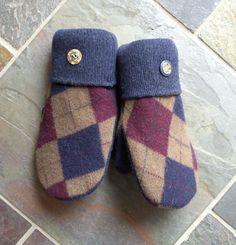 Argyles Blu  The Original Muttons Handmade Wool by MuttonsMittens, $39.00