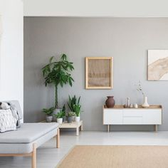 """While Scandi style is still going strong, """"Japandi"""" is a cool new way to evolve the look. Learn how to Japandi interior design with… Interior Minimalista, Japanese Interior Design, Scandinavian Interior Design, Zen Interiors, Modern Minimalist Living Room, Living Room Designs, Decoration, Scandi Style, Futuristic Architecture"""