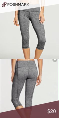 """Victoria's Secret Knockout Crop Legging """"Like-New"""" This is a """"like-new"""" Victoria's Secret Knockout Crop. Size: Medium. Color: Heather Gray. Length: Regular. Mid-Rise. Small """"VS"""" logo on lower bottom left leg on the back. Pair with a long sweater and knee high boots for a cute fall vibe or pair with sandals and a tunic for the perfect spring outfit! ☀️ Victoria's Secret Pants Leggings"""