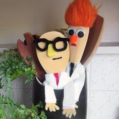 Beaker and Dr. Honeydew made out of kitchen spoons.  AWESOME!