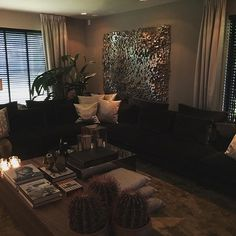 The Netherlands / Huizen / Head Quarter / Show Room / TV Room / John Breed / Eric Kuster / Metropolitan Luxury