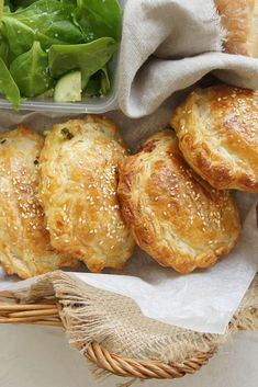 Pack these mini Chicken Pies on your spring picnic, or make one large family-sized version to feed hungry tummies. Empanadas, Wontons, Pastry Recipes, Cooking Recipes, Mini Pie Recipes, Savory Pastry, Savoury Pies, Healthy Savoury Snacks, Healthy Picnic Foods