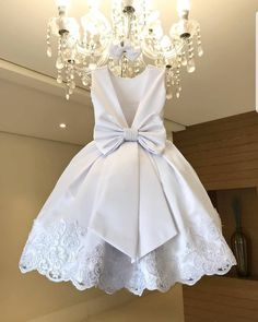 See Mini Bridal Party And Little Bridal Styles Different From The Regular White Colour - Wedding Digest Naija African Dresses For Kids, Dresses Kids Girl, African Fashion Dresses, White Flower Girl Dresses, White Dresses For Kids, Baby Flower Girls, White Baby Dress, Baby Dress Design, Kids Gown