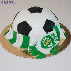 Futebol - Bola Cachecol SCP - Grãos de Açúcar - Bolos decorados - Cake Design Bolo Sporting, Soccer Birthday Parties, Cake Design, Soccer Ball, Birthdays, Diy, Cake Ideas, Cupcakes, Football Birthday Cake