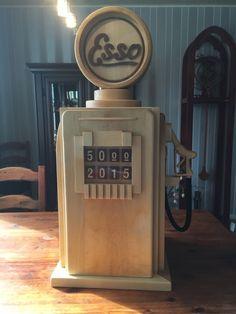 Esso baarikaappi Jukebox